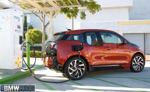 bmw-i3-dc-fast-charger-031-750x458