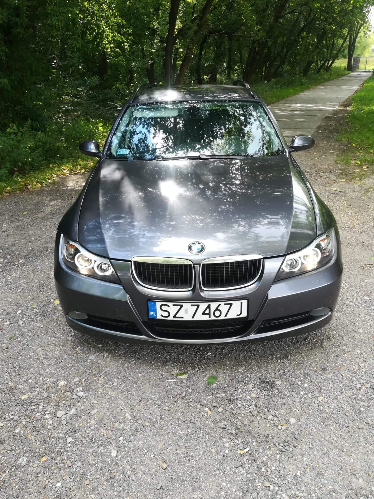 Czarny Metallic BMW 3 E91 komis