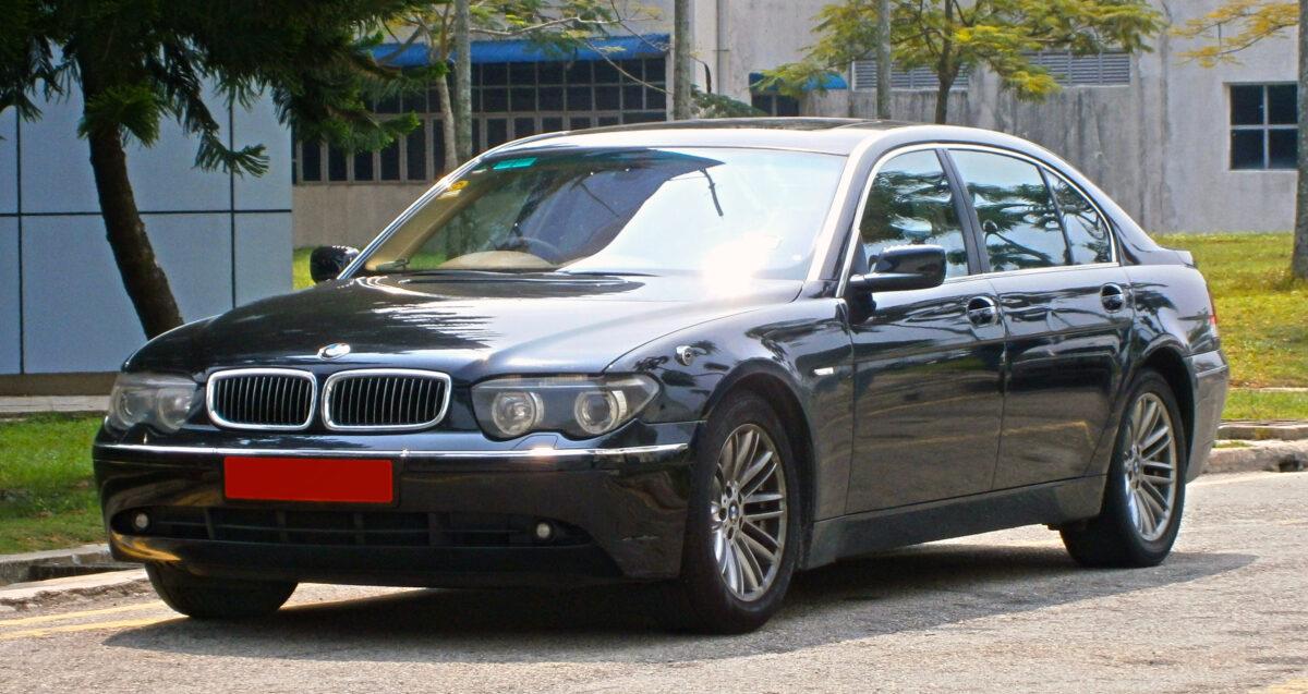 BMW 7 E66